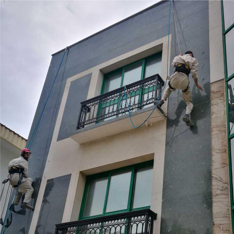 building-facade-dowel-screw-پیچ-و-رولپلاک-سنگ-نمای-ساختمان